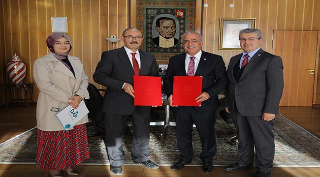Atatürk Üniversitesi ile DAP, Buzağılar İçin Protokol İmzaladı
