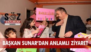 Başkan Sunar'dan ilgi özel öğrencilerden sevgi