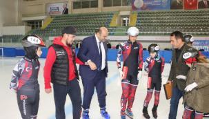 Short Track yarışçıları istedi, Başkan Orhan geri çevirmedi
