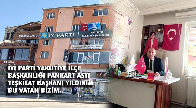 İYİ PARTİ'DEN 'HUDUT NAMUSTUR' PANKARTI